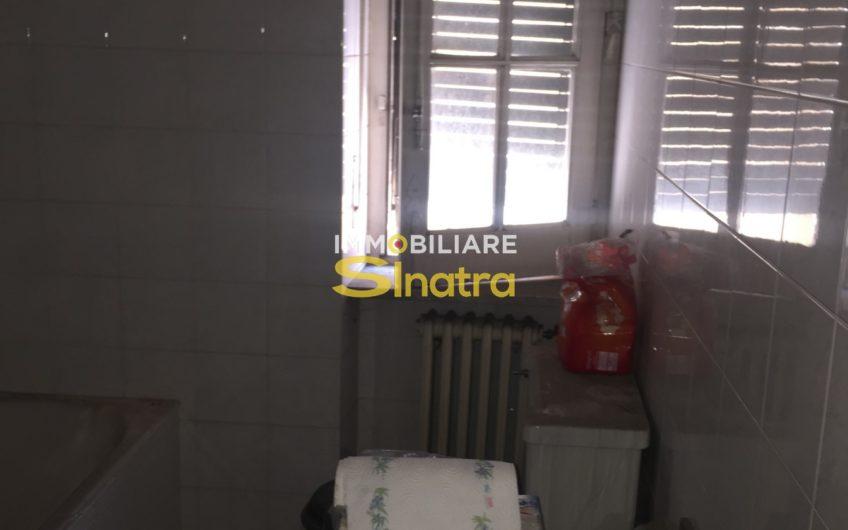 L- 194 CATANIA VIA ROCCA ROMANA – PRESSI VILLA BELLINI